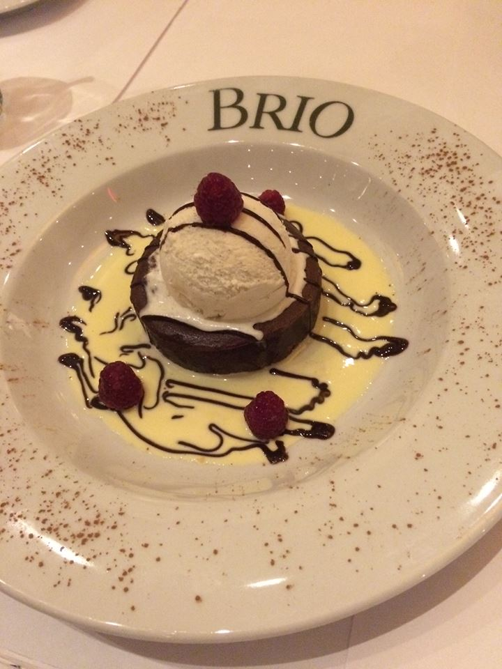 YUM Hot Lava Cake - Brio