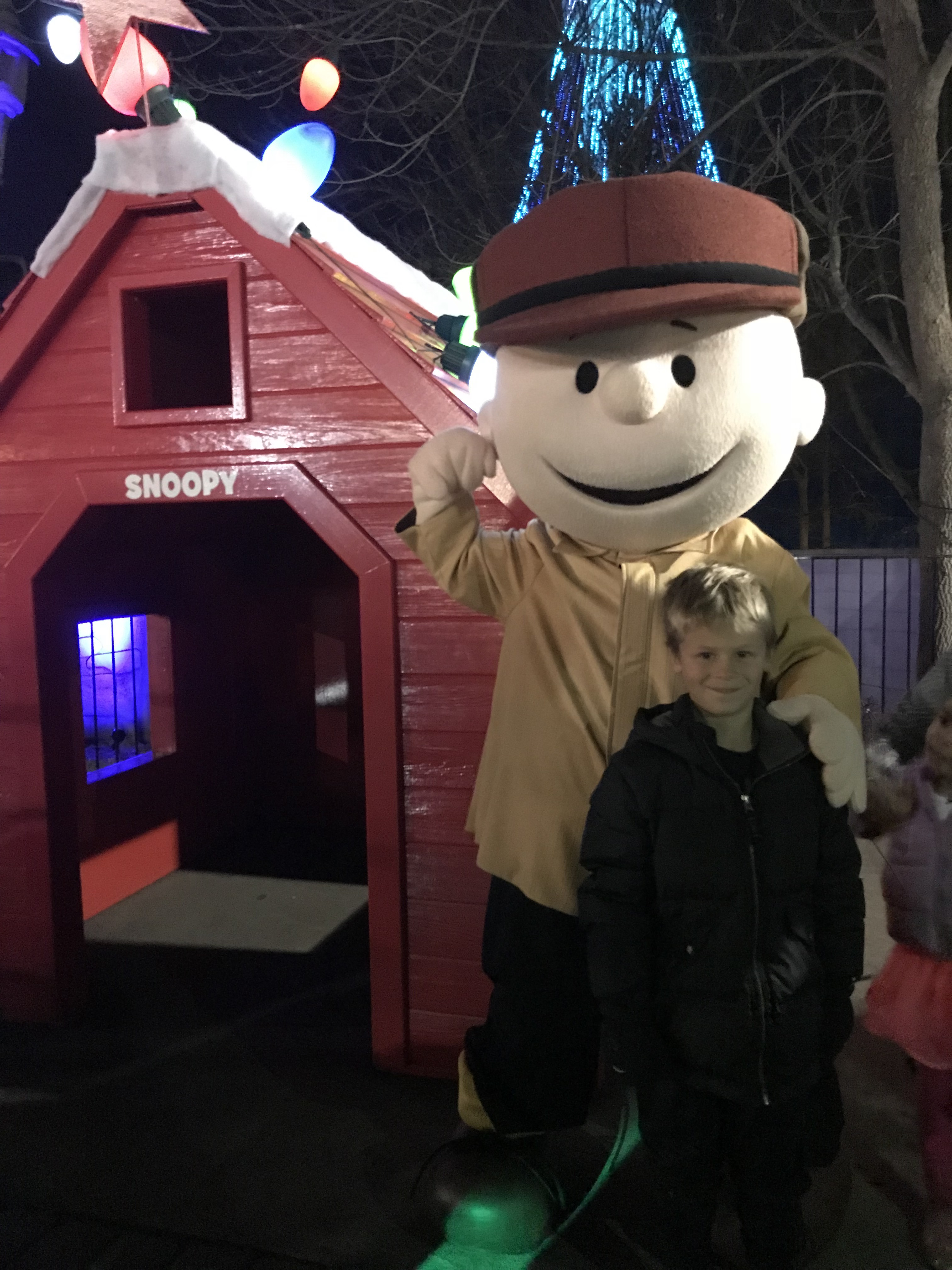 The Club Mom\'s MUST DO\'s at Kings Island Winterfest! - The Club Mom